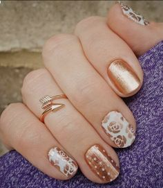 Rose Gold is right on trend.   #rosegold #jamberry #manicure #nailart #trend #firstimpressionjn
