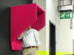 Wall acoustic cocoon BUZZI HOOD by Buzzispace.   diseño Alain Gilles