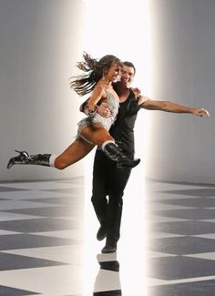 pros Karina Smirnoff and Tony Dovolani  -  Dancing With the Stars  -  1st night   -  Season 16  -   Spring 2013