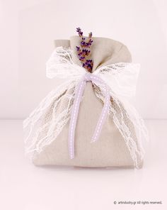 #Favors #Wedding #WeddingFavors #PersonalizedFavors #artindustry #artindustrygr #Lavender Handmade Wedding Favours, Wedding Favors, Wedding Invitations, Personalized Favors, Digital Invitations, Christening, Lavender, Gift Wrapping, Creative