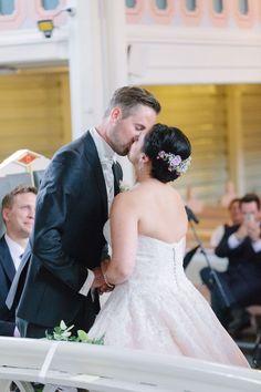 Tine og Thomas - Fantastisk bryllup i Nedre Eiker og Norefjell — Studio Hodne Kos, Fine Art, Studio, Wedding Dresses, Fashion, Creative, Bride Dresses, Moda, Bridal Gowns