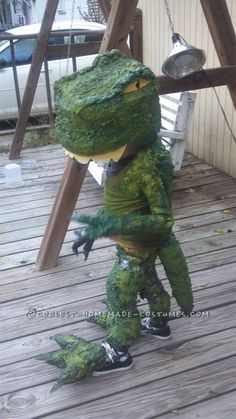 Make the Coolest Homemade Dinosaur Costume... Coolest Homemade Costumes