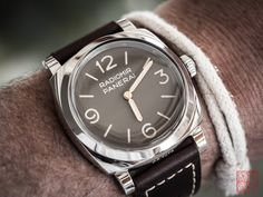 #cronotempvs #watches #wristshot #watchcollector #watchmaniac #equationdutemps #watchesbysjx #puristspro #hodinkee #independentwatchmaking #wristwatches #watchanish #watchjenny #luxurywatchlife #officinepanerai #panerai #panerai662 #877workshop #stdupont #stdupontlighter