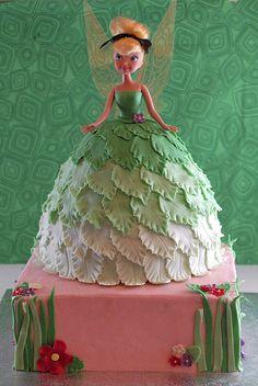 My friend's Tinkerbell cake! LOVE IT!