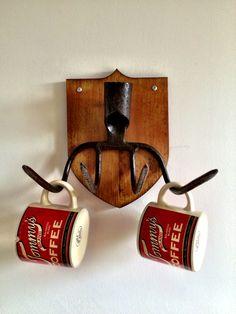 DIY mug rack, mug hanger / support a mug