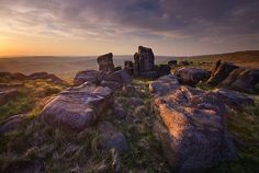 Andy Hemingway - Folklore in the Landscape (pt - Peak District in Pictures Trekking Holidays, Peak District, Places Of Interest, Derbyshire, British Isles, Great Britain, Beautiful Landscapes, Monument Valley, Places To Visit