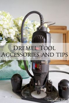 tool accessories and tips - Country Design Style : I shared Dremel tool accessories and tips for using the rotary tool as a small router. Fun way to start using a router and make small decorative designs on wood Dremel Bits, Dremel Werkzeugprojekte, Dremel Wood Carving, Dremel Rotary Tool, Best Wood Router, Hand Held Router, Small Router, Dremel Tool Accessories, Dremel Tool Projects