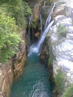 Cascadas en #CañònDeAñisclo #PirineoAragonés