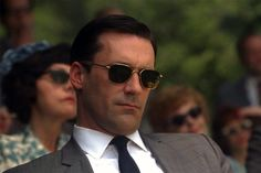 Donald Francis 'Don' Draper is just a fictional character on AMC's Mad Men . However, that doesn't stop Don Draper from being voted the mos. Don Draper Sunglasses, Ray Ban Sunglasses Sale, Sunglasses Online, Mens Sunglasses, Mad Men Season 4, Mad Men Don Draper, Randolph Engineering, The Blues Brothers, Ray Ban Aviator
