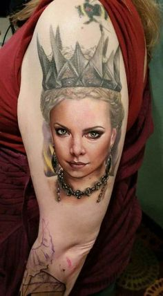 Charlize Theron as the evil Queen from Snow White and the Huntsman. Tattoo by Sarah Miller. #inked #inkedmag #tattoo #snowwhite #queen #evil #huntsman #realism #portrait