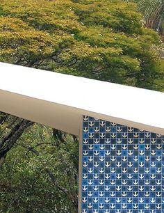 Igrejinha de N Sra. De Fátima. Azulejos de Athos Bulcão . Brasilia