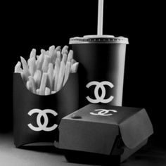 Even fast food looks better with a logo ;)