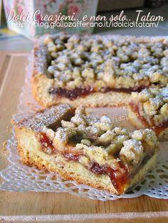 Strawberry and lemon tart with crispy crumble Italian Cake, Italian Desserts, Sweet Cooking, Just Cooking, Crostata Recipe, Cookie Recipes, Dessert Recipes, Italian Pastries, Best Italian Recipes