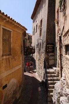 Èze, Provence-Alpes-Cote-dAzur, France Copyright: Betty Jones