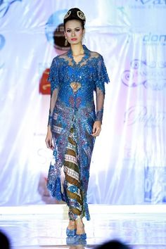 Kebaya, Fashion Show, Cover Up, Women Wear, Boutique, How To Wear, Dresses, Facebook, Fashion Styles