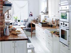 Wohnküche in 3 Stilen: Country Stil, verlängerte Arbeitsplatte1
