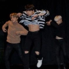 jungkook's abs appreciation