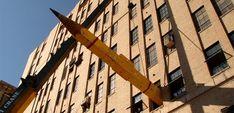 Worlds-Biggest-Pencil-Third-Floor-Window Casey Illinois, New York In August, Giant Pencil, Derwent Pencils, Subang Jaya, Pencil Photo, Wooden Pencils, Glass Building