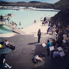 Live music - surprise event at the Blue Lagoon on this wonderful day!