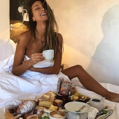 Good Morning Sexy, Breakfast In Bed, Coffee Time, T Shirts For Women, Couple Photos, Instagram, Italy, Life, Bon Appetit