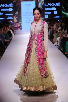 Top 25 Gorgeous Bridal Lehengas from Lakme Fashion Week 2015 | Mine Forever