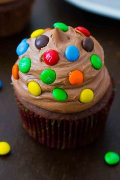 Chocolate Cupcakes with Creamy Nutella Frosting. #desserts #dessertrecipes #yummy #delicious #food #sweet