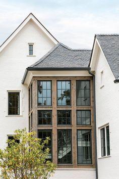 Café Exterior, Dream House Exterior, Black Windows Exterior, House Exteriors, Home Exterior Design, Modern Exterior, Style At Home, Future House, Stommel Haus