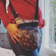 Sophie Couture, tricot sur Instagram: Rattrapage de #defiphotocouture2020 😊😊 jour 7 - Toute saison Je prends mon #bebop de chez @patrons_sacotin. Il me suit partout et de tout…