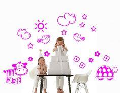 Set de vinilos de temática infantil para ayudarte a crear la habitación de tus hijos o bebé más maravillosa, alegre y divertida. #vinilosinfantiles, #vinilos bebés, #vinilos niños