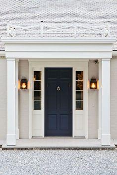 59 ideas for navy front door colors house The Doors, Entry Doors, Front Entry, Dark Front Door, Door Design, Exterior Design, House Design, Garden Design, Fresh Farmhouse
