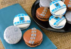 Star Wars macarons recipes. Is that the best thing ever?