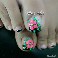 Imagenes De Uñas Decoradas (9) Pedicure Designs, Pedicure Nail Art, Toe Nail Designs, Nail Polish Designs, Cute Toe Nails, Diy Nails, Pretty Nails, Feet Nail Design, Vacation Nails