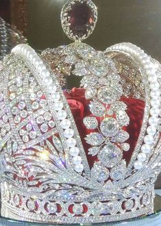 The Imperial Crown of Russia. I love this closer view with bright light. The details are magnificent!