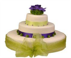 Svatební dort 40 Třípatrový svatební dort, o rozměrech 18 cm, 32 cm a 52 cm, obalen fondánem, dozdoben stuhami, květy santinek a orchidejí. Cake, Food, Pie Cake, Pie, Cakes, Essen, Yemek, Meals, Cookie
