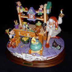 Laurenz Disney Pinocchio in Jeppetto's Workshop Enzo Arzenton Released 1984 New