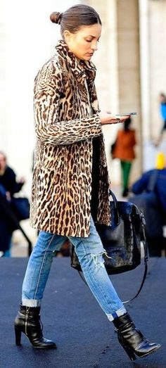 lefashion.com        Maria Dueñas Jacobs in leopard print coat, low bun, cuffed jeans & booties