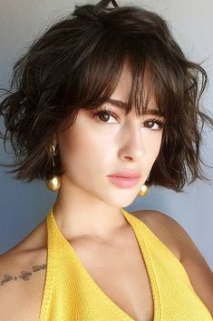 20 Short Trendy Haircuts Cute Short Haircuts to Look Stunning Related posts:Alicia Keys Hairstyle Kinky Curly Lace Wigs Indian Virgin Hair Of The Coolest Brunette Balayage Mid Length Wavy Bob Hairstyles for 2019 Short Haircuts With Bangs, Short Hairstyles For Women, Haircut Short, Hairstyles 2018, Short Hair Cuts For Women With Bangs, Short Hairstyles With Bangs, 2018 Haircuts, Haircut Bob, Fashion Hairstyles