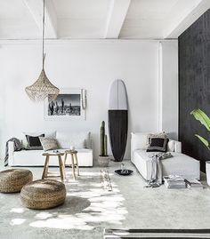 A sitting room in New Zealand with a warm, boho summer vibe / Indie Home Collective.