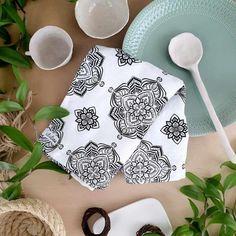 Keittiöpyyhe Regina kuosilla. 100% luomupellavaa. #keittiöpyyhe #pellavapyyhe #bohosisustus Tableware, Dinnerware, Tablewares, Dishes, Place Settings