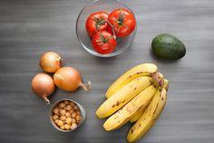 Foods never to store in the fridge >>> http://blog.blueapron.com/heres-how-foods-never-to-store-in-the-fridge/?utm_source=cupofjo&utm_medium=sponsoredpost&utm_campaign=Mar2014