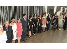 Câmara entrega prêmio Expoente da Educação http://www.passosmgonline.com/index.php/2014-01-22-23-07-47/geral/6414-camara-entrega-premio-expoente-da-educacao