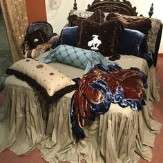 Bed Spreads - Moon Rein Bedding Company by Christi Shabby Chic Cabin, Shabby Chic Design, Shabby Chic Farmhouse, Shabby Chic Bedrooms, Shabby Chic Decor, Bohemian Decor, Retro Chic, Country Girl Home, Western Bedding