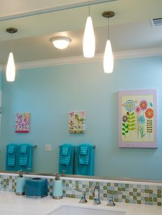 The astonishing pics below, is segment of Special Touch of Kids Bathroom Decor.