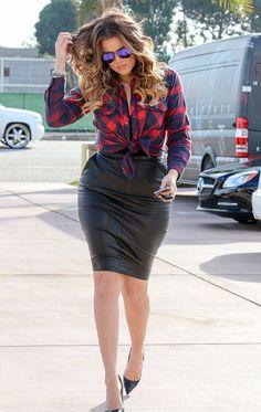 She is sexy Klohe Kardashian!