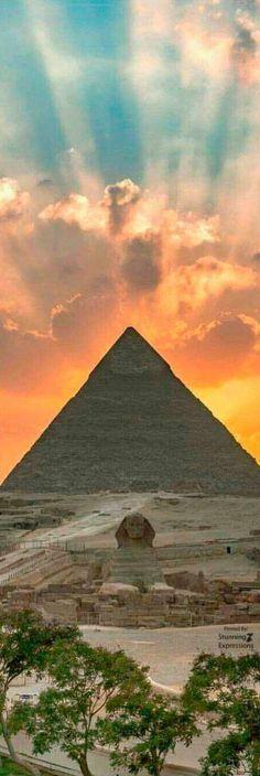 Giza Pyramid – Egypt