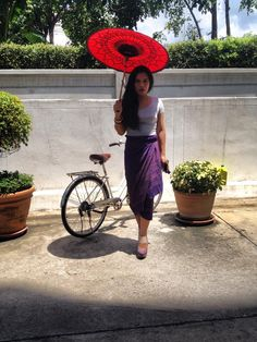 #sihn #sarong #longyi #silk #thaisilk #thai #lb #ladyboy #trans # umbrella # bike # pose #fashion #style #thailand #tradition #traditional #costume #dressup #outfit