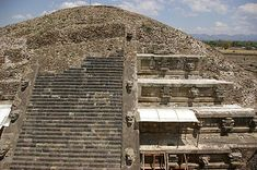 Temple of the Feathered Serpent, Teotihuacan - Wikipedia, the free encyclopedia