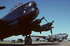 How to Take Good Beach Photos Digital Photography, Amazing Photography, Avro Shackleton, Rule Of Thirds, Great Inventions, Present Day, Taking Pictures, Lancaster, Military Vehicles