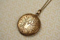 rose gold locket