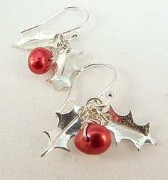 holly berry freshwater pearl earrings